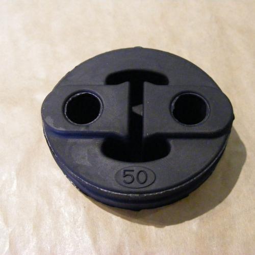 Suzuki Swift <-2003 Kipufogó gumi 14281-60G01 Gyári! Utángyártott: 490.- 1900Ft