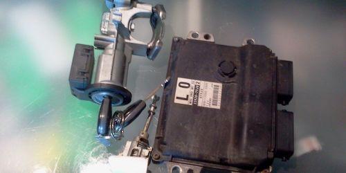 Suzuki SX4 1.5 - Két kulcsos gyújtáskapcsoló, bal oldali ajtózár, központizár 33920-79J00 Gyári! 50000Ft